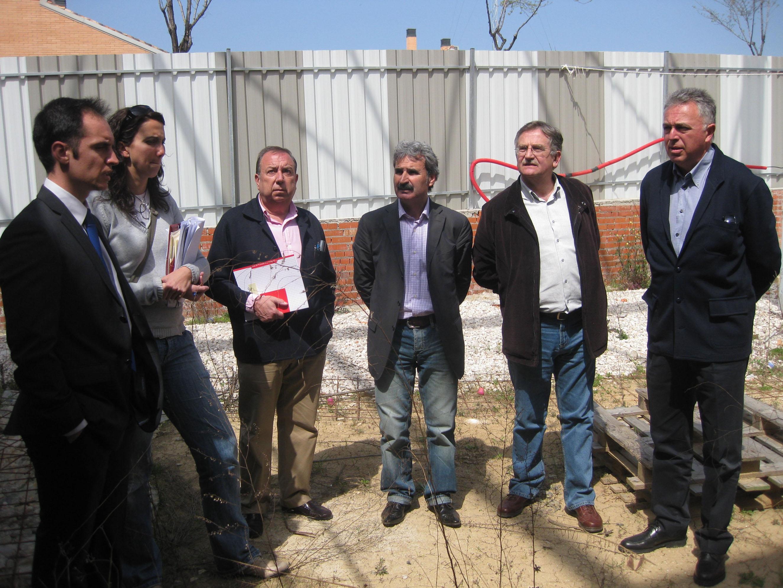 2010-04-alarico-rubio-confirma-la-reanudacion-de-obras-de-la-Escuela-Infantil-Marta-Mata-en-Leganes
