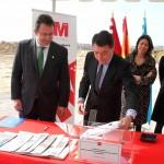 Primera piedra presidente Comunidad y alcalde nuevo instituto Arroyo Culebro 3